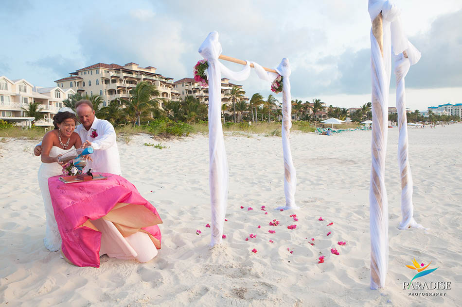 005-grace-bay-best-destination-wedding-photography-turks-and-caicos