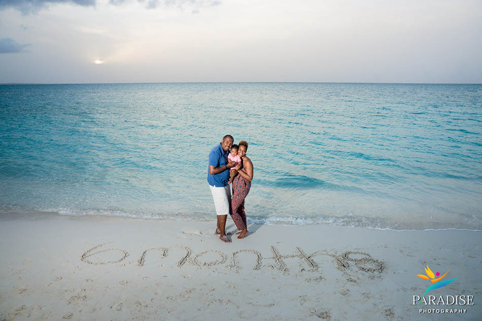 006 turks-and-caicos-sands-blog-beach-family-baby-pictures-portrait 06358