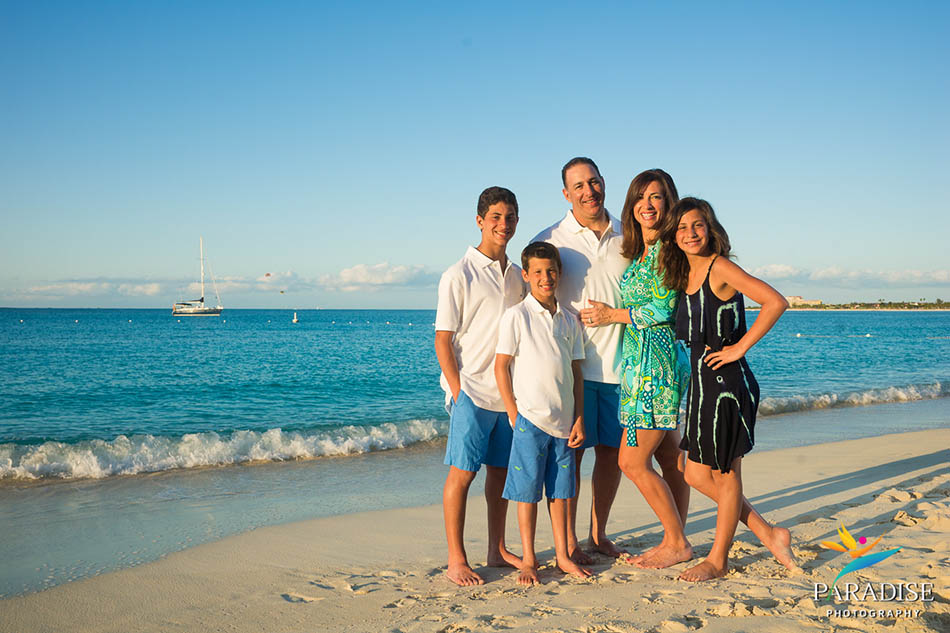 007 family-pictures-turks-and-caicos-photography-grace-bay