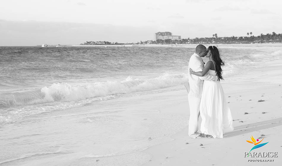 010-beach-photographers-turks-and-caicos-providenciales-wedding