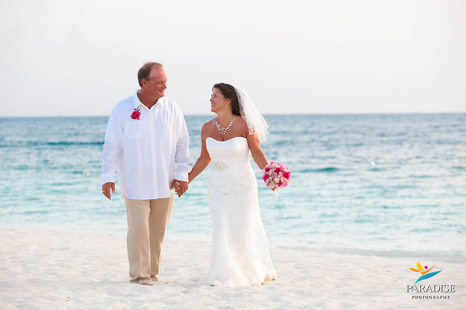 010-grace-bay-best-destination-wedding-photography-turks-and-caicos