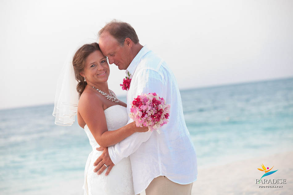 012-grace-bay-best-destination-wedding-photography-turks-and-caicos