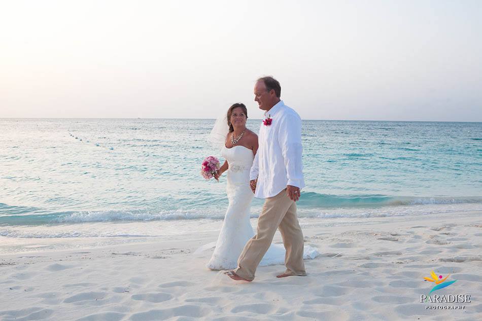 014-grace-bay-best-destination-wedding-photography-turks-and-caicos