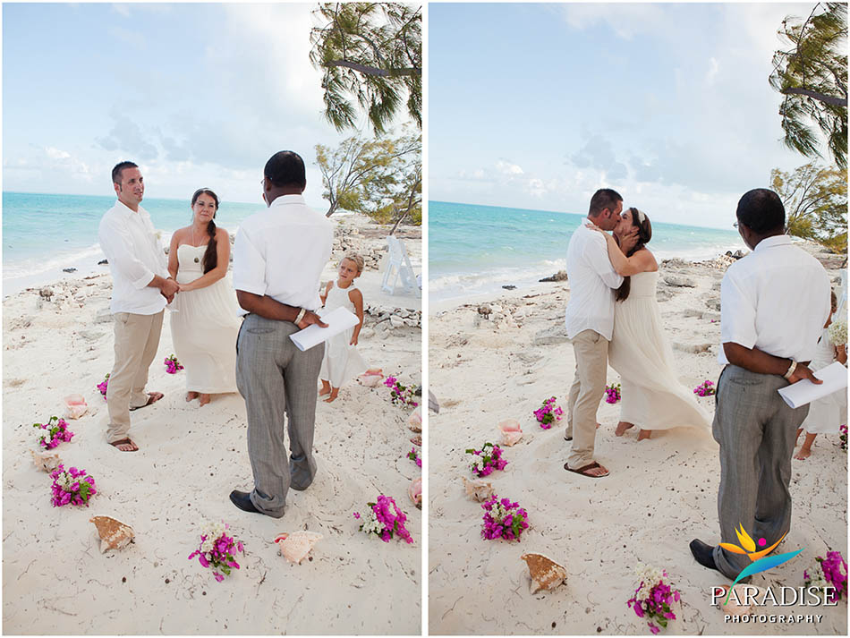019-caicos-grace-bay-photographer-best-wedding-candid-photos-turks-and