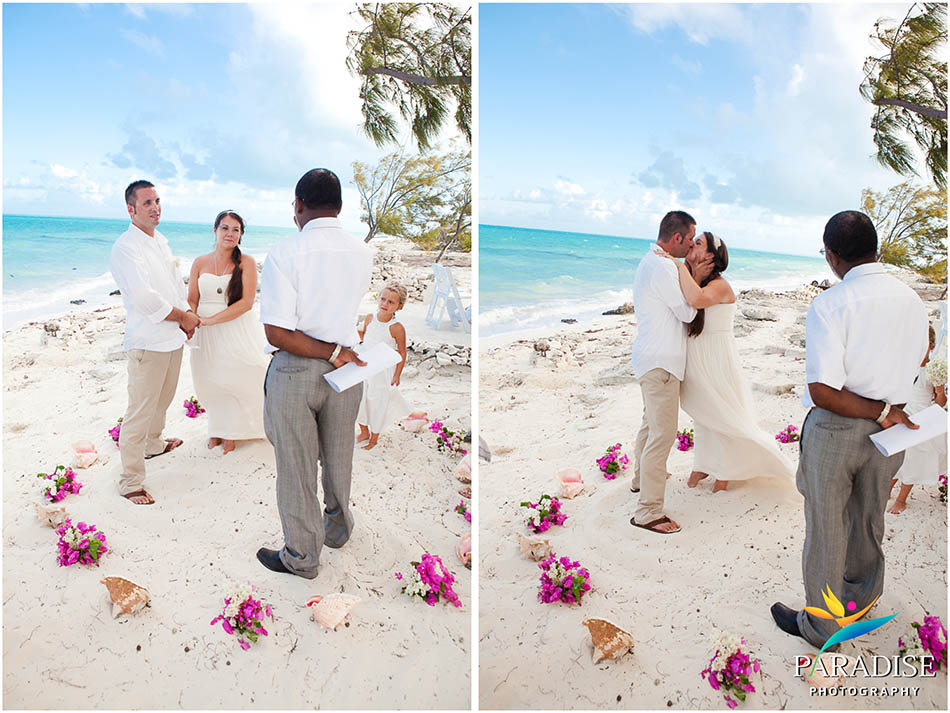 020-caicos-grace-bay-photographer-best-wedding-candid-photos-turks-and