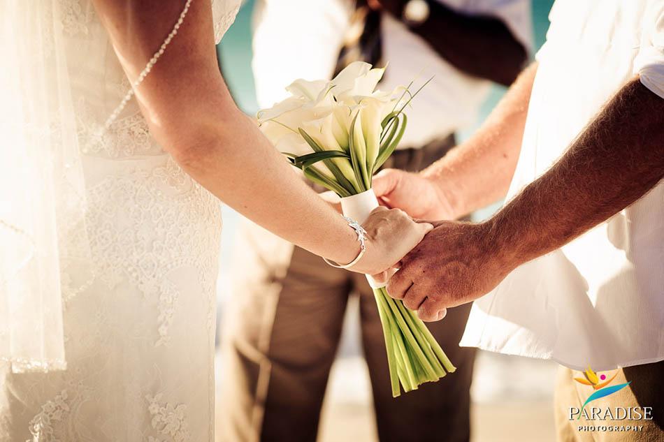 0009 turks-and-caicos-grace-bay-beach-wedding-paradise-photographer