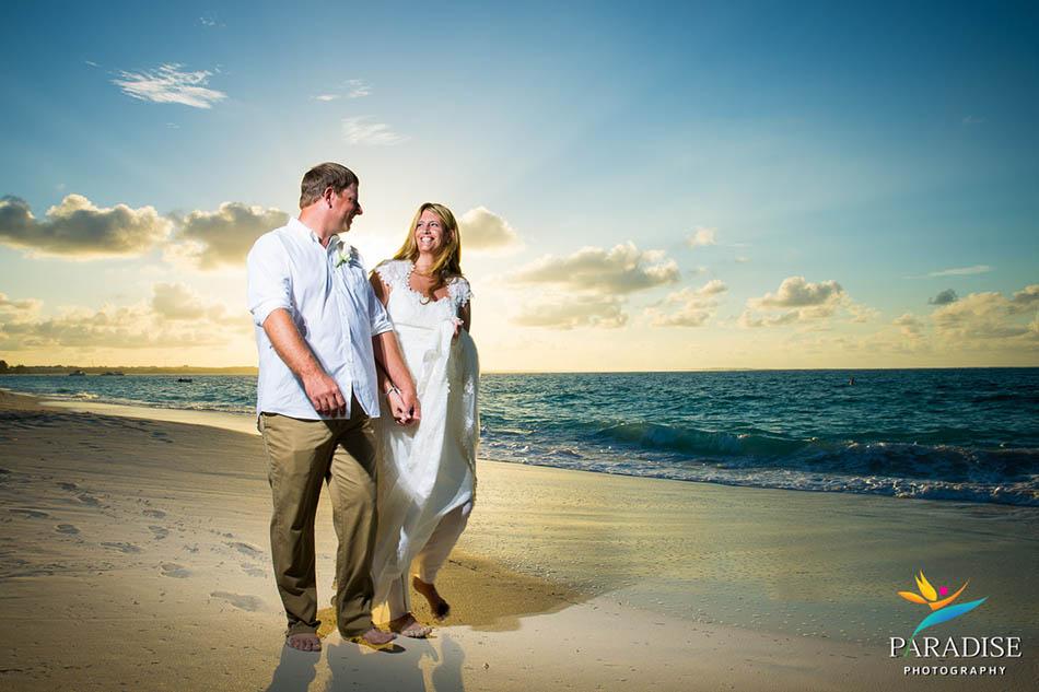 0021 turks-and-caicos-grace-bay-beach-wedding-paradise-photographer