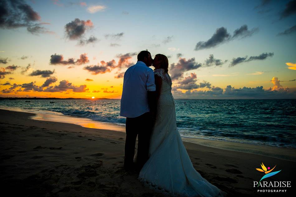 0024 turks-and-caicos-grace-bay-beach-wedding-paradise-photographer