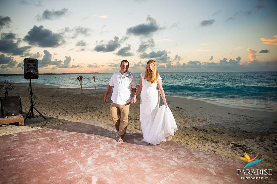 0025 turks-and-caicos-grace-bay-beach-wedding-paradise-photographer