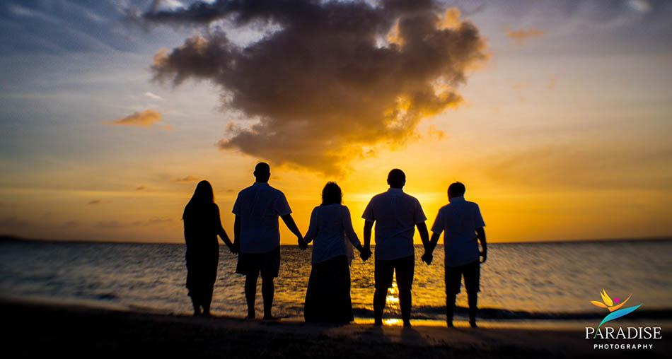004 best-turks-and-caicos-family-photographer-beach
