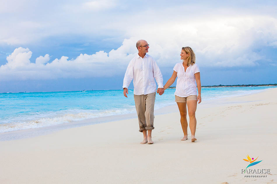 004-turks-grace-bay-and-caicos-pictures-couples-engagement-family-photographer-photographers