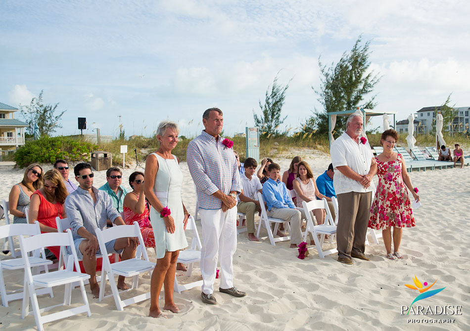 020-destination-wedding-pictures-photos-photography-grace-bay-beach-bride-groom