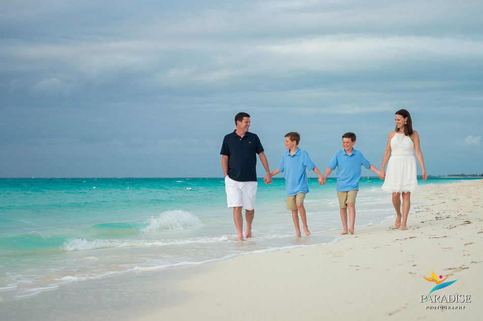 turks-and-caicos-grace-bay-family-pics-portraits-pictures-kids-children-best-beautiful-fun