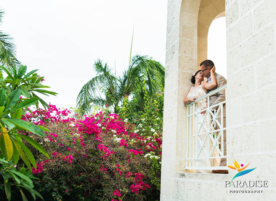 025-turks-and-caicos-wedding-destination-photographer-photography-pics-portrait-pictures-best-beach-grace-bay-palms