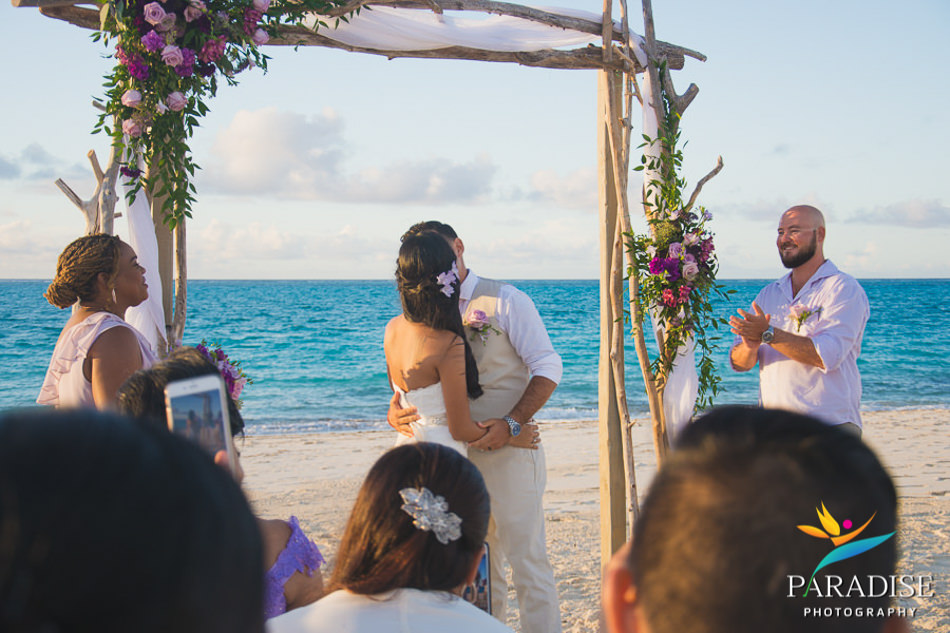 026 destination-wedding-turks-and-caicos-nila-planner-island-caribbean-somerset-bay-bistro-grace-bay-beach