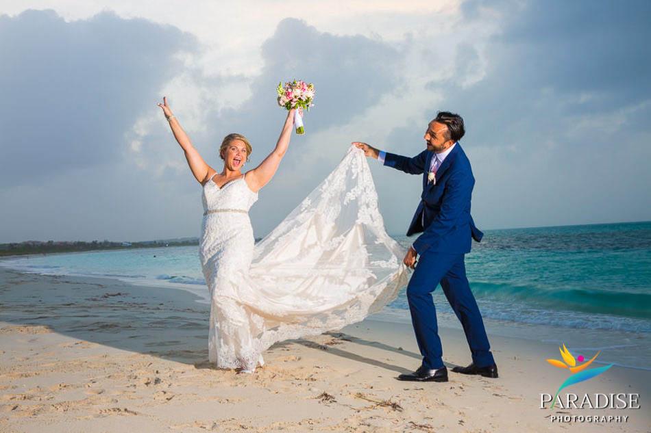 033 destination-wedding-turks-and-caicos-nila-island-somerset-bay-bistro-grace-bay-beach
