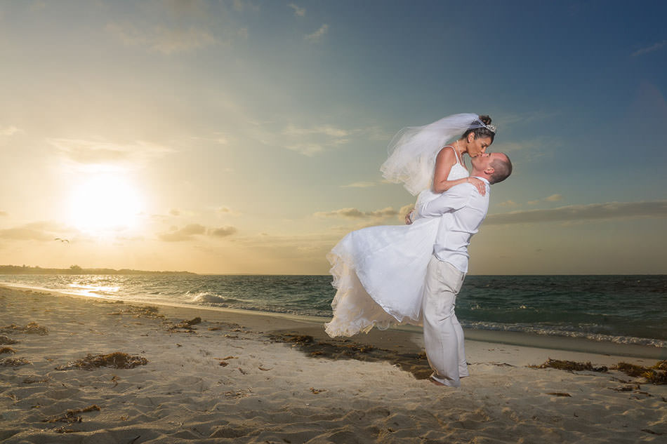 turks-and-caicos-wedding-portrait-pics-pictures-photography-photographs-best-beach-grace-bay-creative