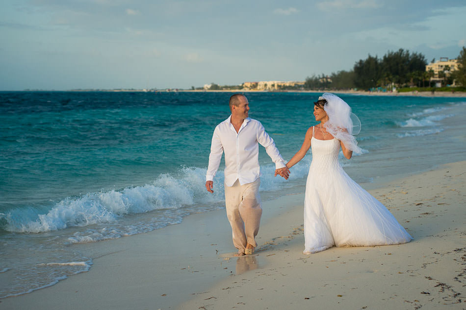 007-turks-and-caicos-wedding-portrait-pics-pictures-photography-photographs-best-beach-grace-bay-creative