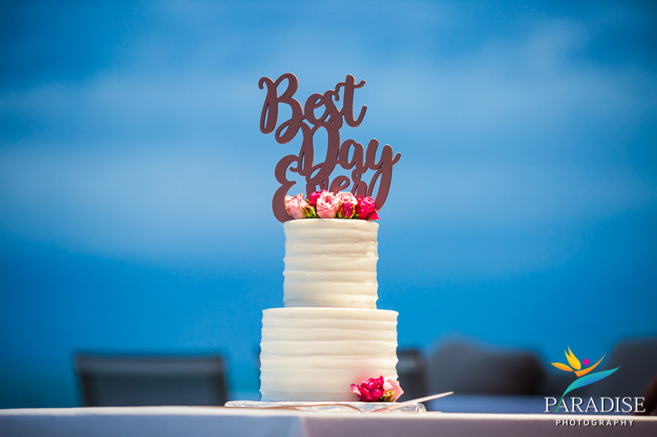 grace-bay-beach-destination-wedding-photos